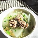 牛肉丸滚老节瓜汤