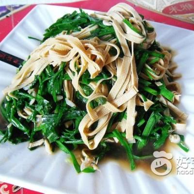 豆腐丝炒韭菜