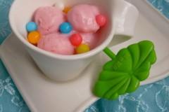 牛奶棉花糖冰淇淋