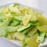 黄瓜炒土豆片
