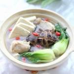 鸡汤豆腐小白菜