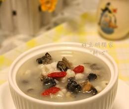 田螺薏米鲫鱼汤