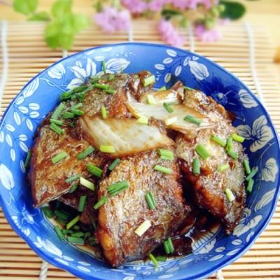带鱼扒白菜