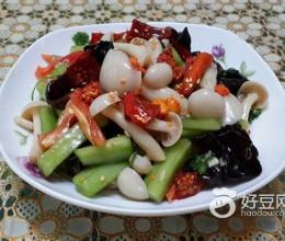青瓜拌白玉菇