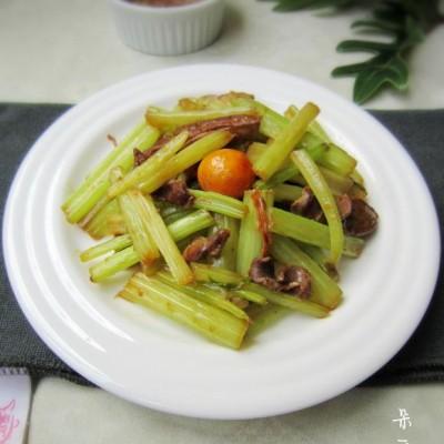 芹菜炒鸡杂
