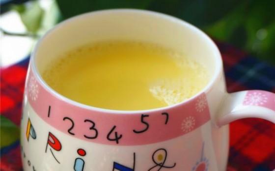 鲜榨牛奶玉米汁