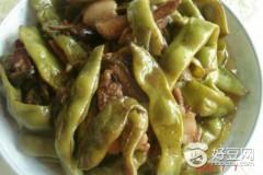 肉炖油豆角
