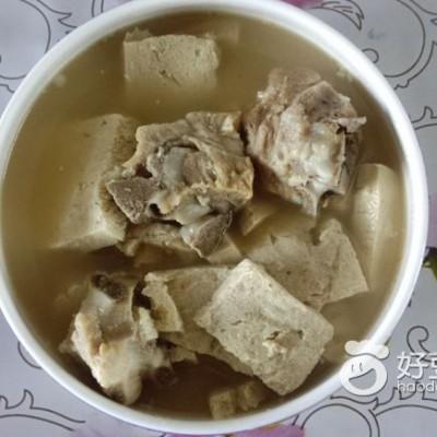 冻豆腐骨汤