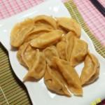 胡萝卜酸菜饺子