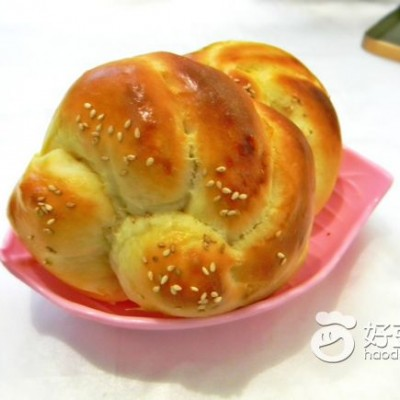 卷花芝麻面包