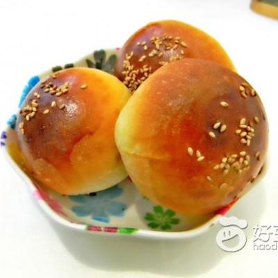 奶香芝麻面包