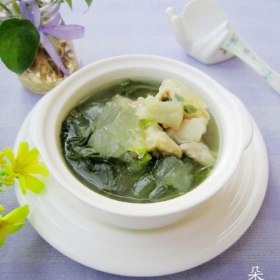 芦荟时蔬猪骨汤