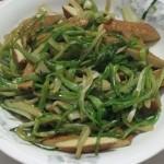 水芹菜炒豆干