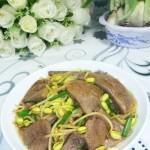 猪肝炒黄豆芽