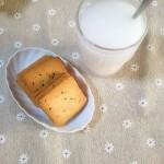 蛋黄芝麻薄脆饼干