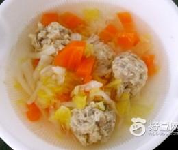 胡萝卜小丸汤