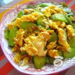 黄瓜片炒鸡蛋