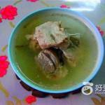五指毛桃薏米猪骨汤