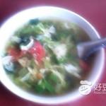 西红柿菠菜鸡蛋汤