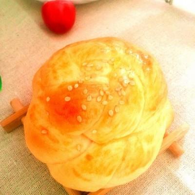 杏仁花球面包
