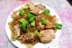 宽粉条炖鸡