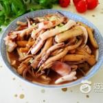 茶树菇炒鱿鱼