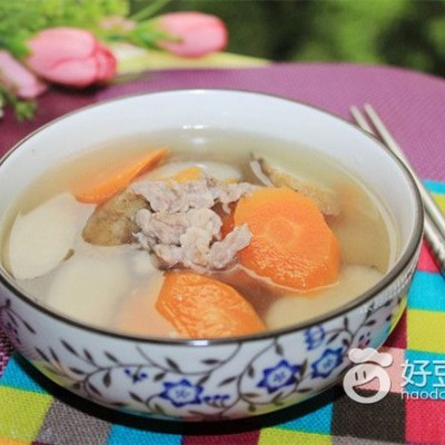 胡萝卜牛蒡瘦肉汤