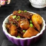 杏鲍菇土豆焖排骨