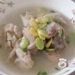 蚕豆大骨汤