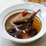 灵芝老鸽汤