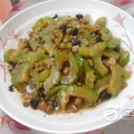 蚬肉炒凉瓜