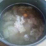 节瓜瘦肉咸蛋汤