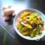 草菇炒黄瓜片