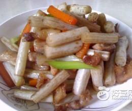 五花肉炒藕带
