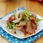 洋葱炒腊猪头肉