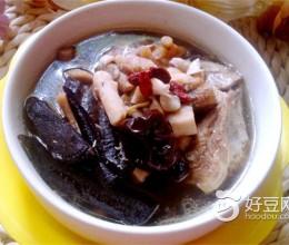 灵芝老火汤