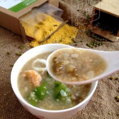 海鲜小米绿豆粥