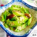 秋葵炒猪小肠