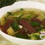 猪血怎么做好吃-黄瓜猪血汤