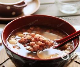 红豆薏米养生汤