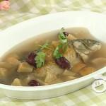 苹果炖鱼汤