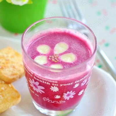 红龙果坚果豆浆