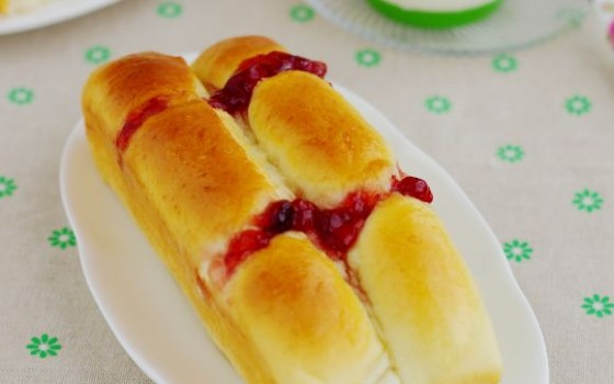 草莓酱排包