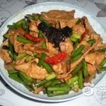 蒜苗炒豆制品