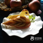 天鹅戏水(水果拼盘)