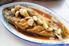 捞汁蒜烧鱼