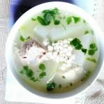 冬瓜薏仁猪骨汤