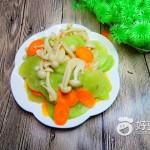 莴笋炒白玉菇#新鲜从
