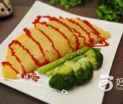 牛肉鲜虾杂蔬蛋包饭