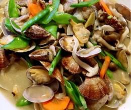 海鲜菇蚬子汤